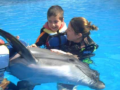 SOS Szolgálat Alapítvány delfinterápia